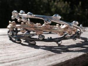 Havtorn armringe i sølv og guld - lavet af Nynne Kegel - Loenstrup Smykke Design