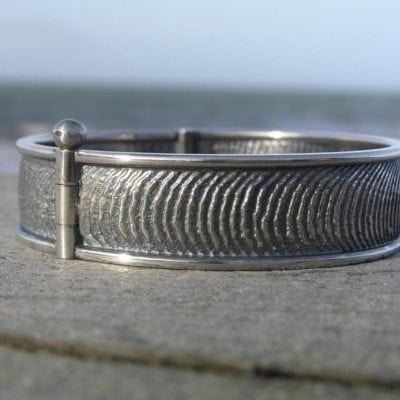 Tidevands armring i sølv - lavet af Nynne Kegel - Loenstrup Smykke Design